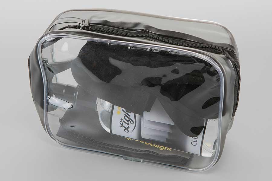 en praktisk mappe med lightstream rengjøringssett, for å ta godt vare på dine reflektorer